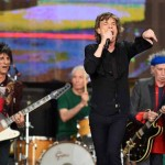 The-Rolling-Stones-perform